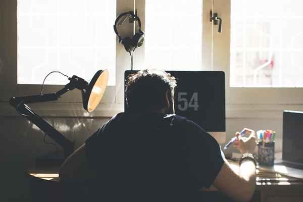 Światło w domowym miejscu pracy - nie tylko dla koncentracji!